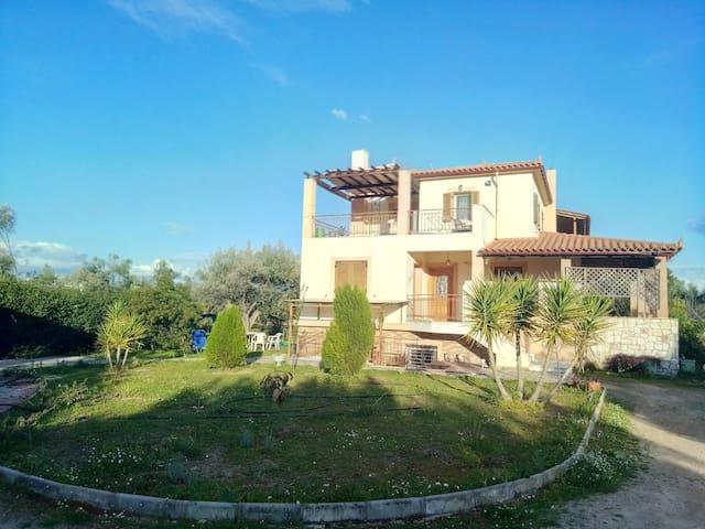 Kounis Villa