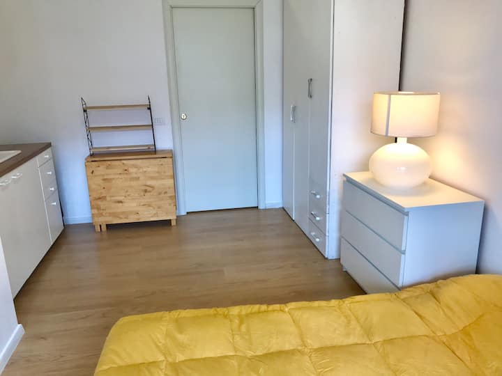Clean and comfortable studio in Cinecitta