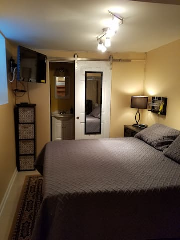 Private Guest Suite; Just Minutes from BWI!