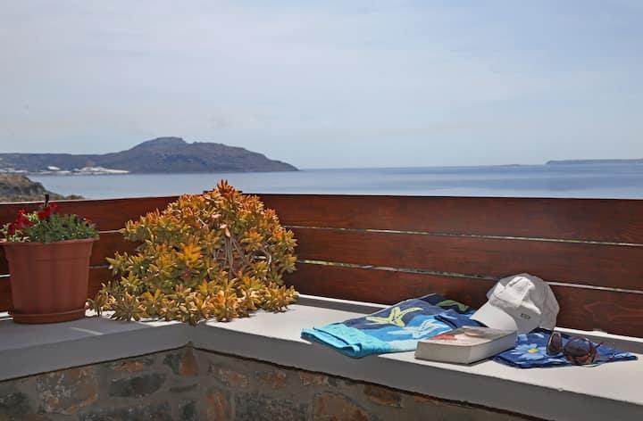 Kalo Nero Apts Superb Sea view/Family-Friendly (P)
