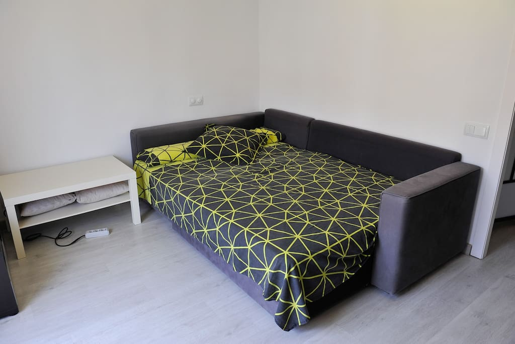 Double bedroom with Big sofa-bed 150x200cm