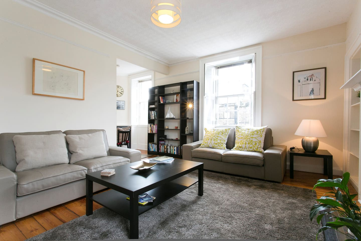 City Centre Georgian Townhouse ( 3 bedrooms) - Flats for Rent in ...