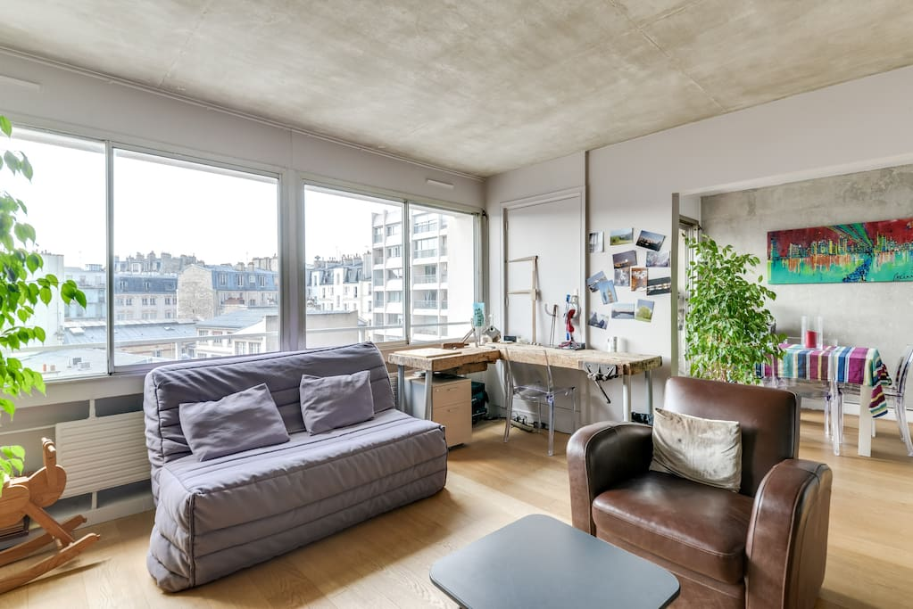 Luxueux appartement avec piscine et balcon wohnungen zur for Appartement piscine paris