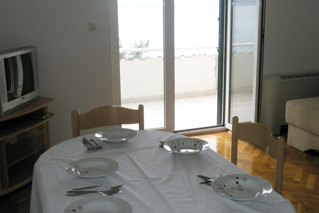Dining room, Surface: 16 m²