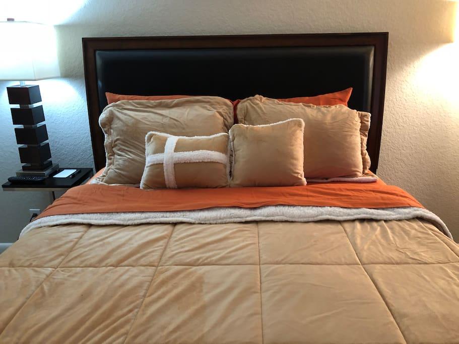 Smart Lock Bed Breakfast