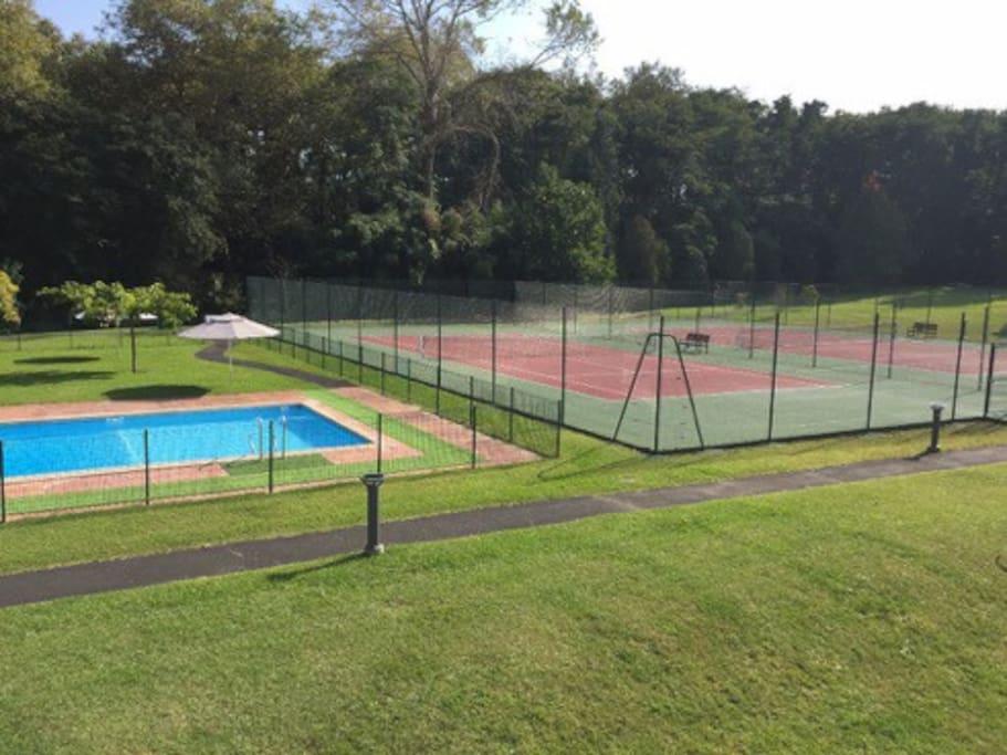 Accès gratuit piscine et tennis