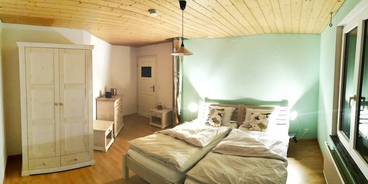 Minze-Zimmer in der Villa Bleue mit Frühstück