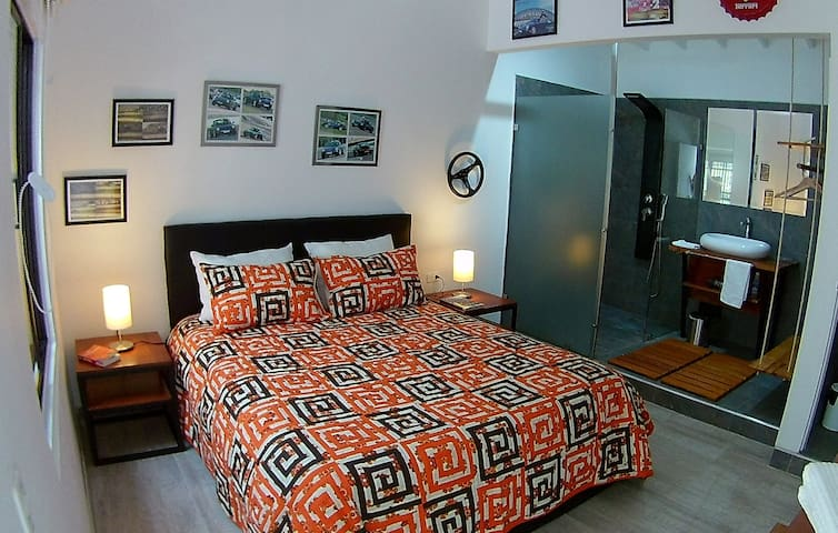 993 1. 993 is the largest of our four Superior Double Queen bedrooms. It is at the first level and very quiet and very comfortable with its beautiful interior window on the patio.