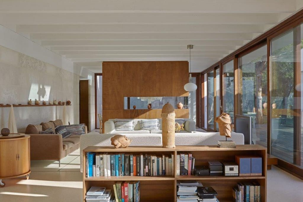 Large windows ensure lots if natural light