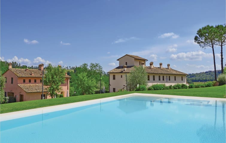 Holiday apartment with 2 bedrooms on 80m² in Castelfiorentino -FI-