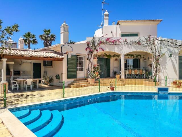 Algarve Villa Nature and Beach