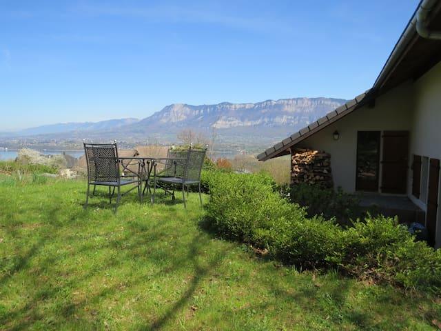 Lac & Montagnes  avec  jardin - Le Bourget-du-Lac - Appartement