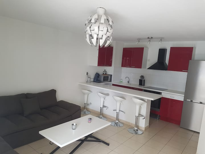 Appartement T3 à Sète terrasse et piscine