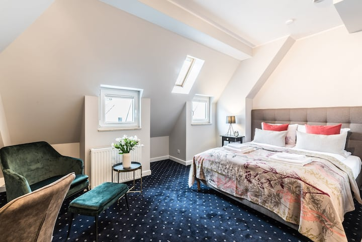 Spacious attic room at the Old Town with A/C