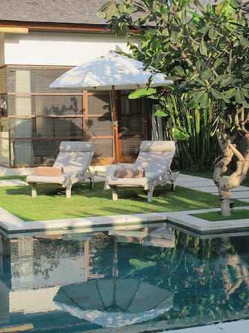 2 BR Luxury Villa in Centre of Seminyak - Kuta - Villa