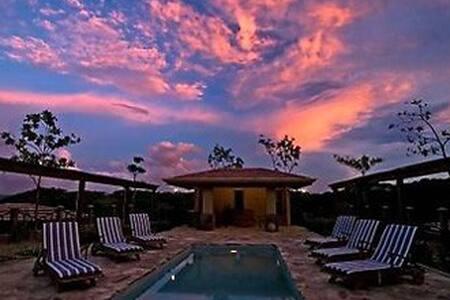 Guanacaste 5 Bdr Paradise - large parties welcome - La Cruz - Haus