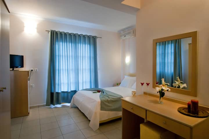 Adamas - Double Room Sea View