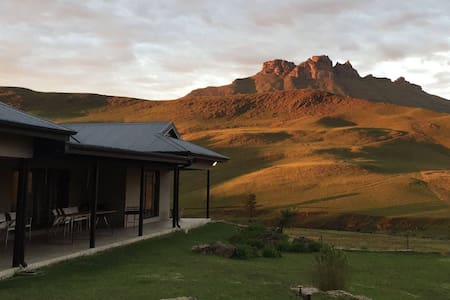 Castle Rock Guest House, Underberg