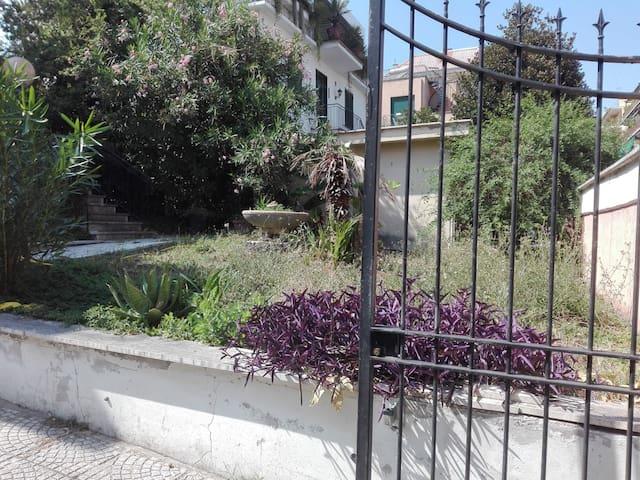 Villa del Nazareno - Stanza 2 letti singoli