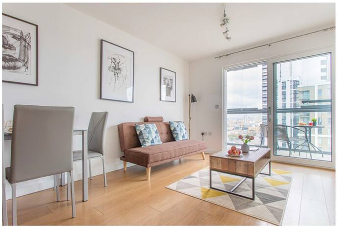 Great Two Bed Apartment next to EXCEL and O2 ARENA
