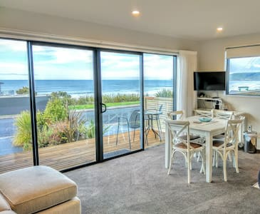 Seascape Seaview Apartment