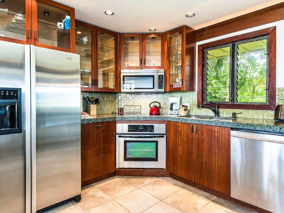 Kitchen With Jenn Air Appliances