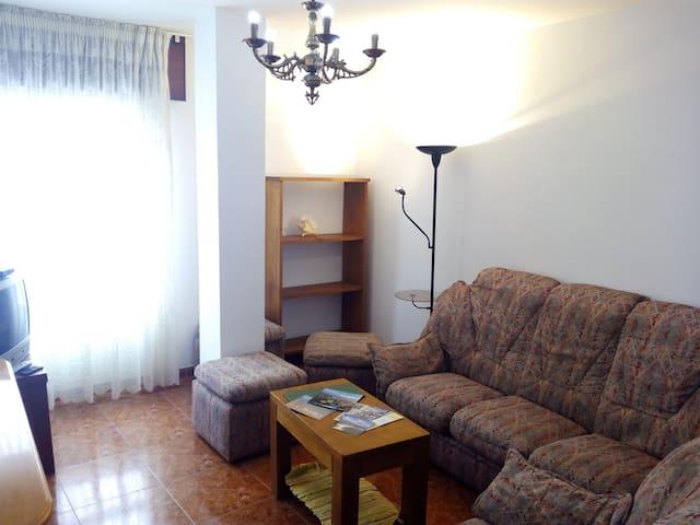 At Ribeira, refurbished flat -2E - Ribeira