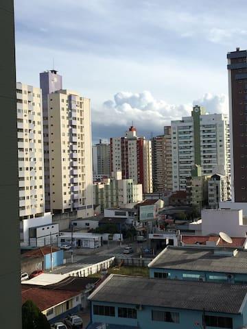 Em São José, na grande Florianópolis. - São José - Apartamento
