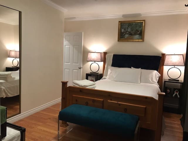 #2 Central BrandNew GuestSuite PrivateEntrance