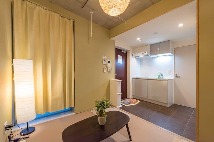 酒店式高级公寓新装开业#毗邻新宿商业中心的安静住所#两条地铁线路同时利用#最大2名#101