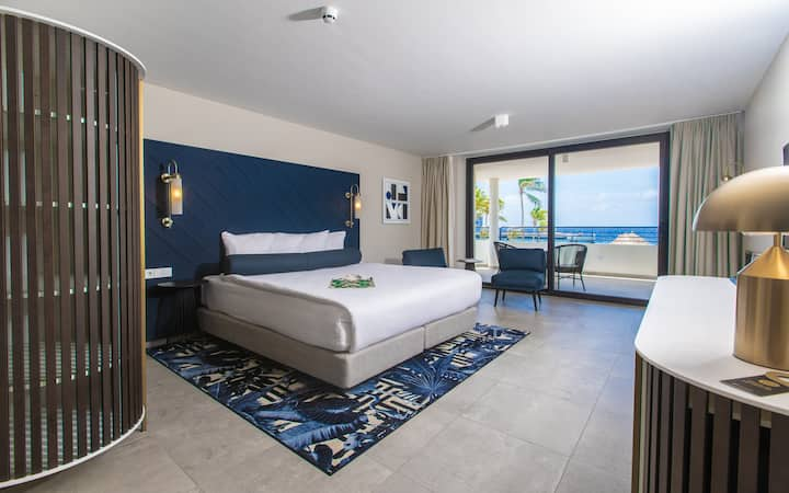 NEW ~ Beautiful Room with Oceanview - All-Inclusive Resort