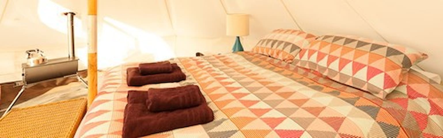 Fasbourn Glamping Suffolk - Conker Bell Tent