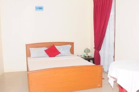 Thampa Hotel Vavuniya - Vavuniya - โรงแรมบูทีค