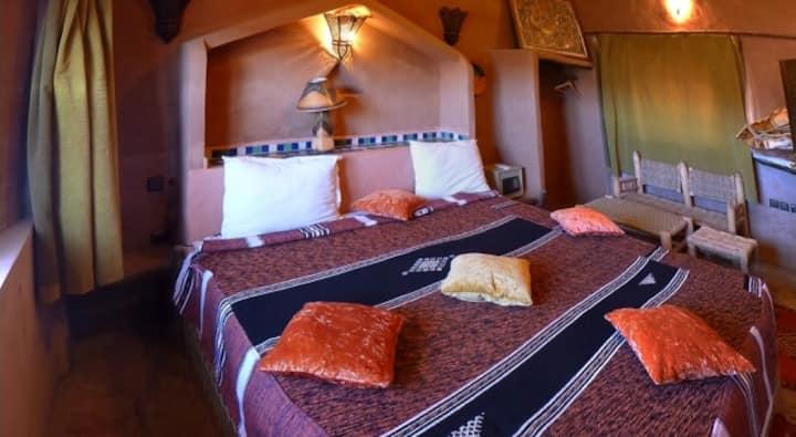 TAFOUCT: Chambre double au Riad Maktoub