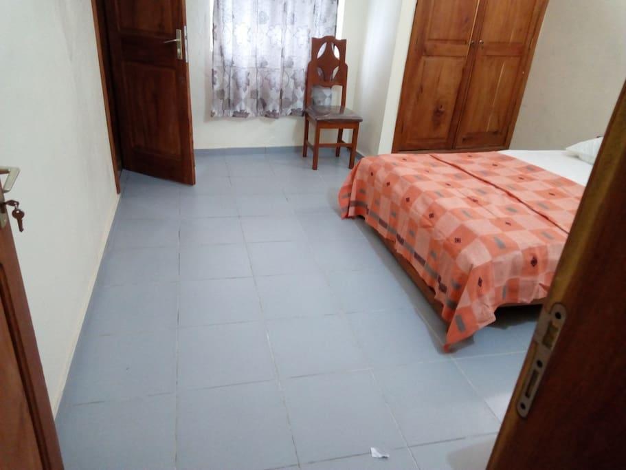 Bedroom opened on corridor