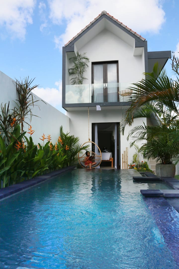 New-Modern Villa for people loving beach holiday