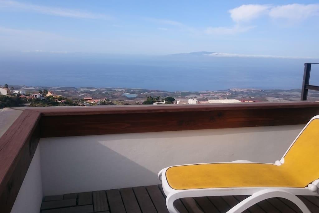 Balkon mit Aussicht auf den Atlantik und La Gomera,  Apartment 1