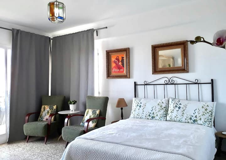 STUDIO APARTMENT IN NERJA TO RENT-Sleeps 2