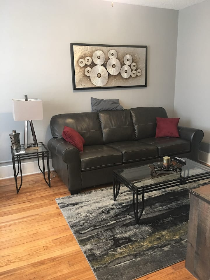 The perfect stay with downtown close to play!