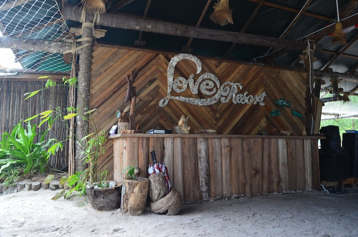 Koh Rong Love resort double tent