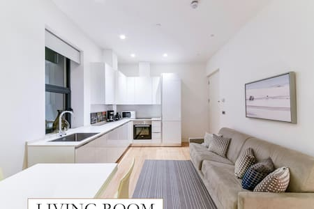 Beautiful & Modern 1 Bedroom Apt  By Covent Garden