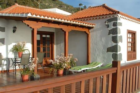 Casa los Viñedos, Fuencaliente - Los Quemados - Casa
