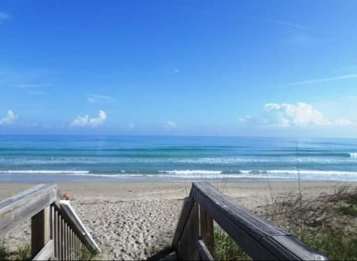 Hutchinson Island Beachfront Vacation Rental