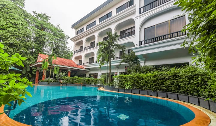 Two-Bedrooms for 4 - Free pick-Up&Breakfast