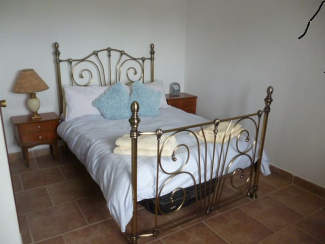 2 Bedroom Apartment with use of Private Pool - Ontinyent - Apartamento