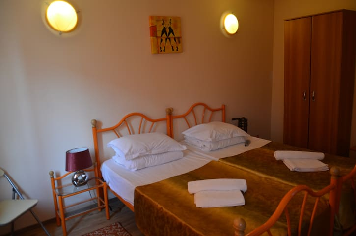 Room no.31,max 2 person,breakfast,pool,best price!