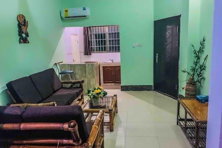 Accra-Ghana Peduase Apartment - Dianas Residence