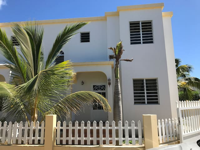 Sunfish Townhouse South Hill, Anguilla 2 bedroom - AI - Stadswoning