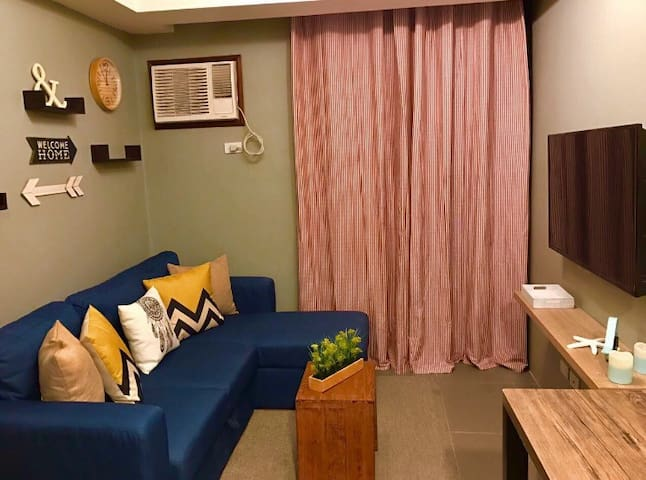 Cozy 1 Bedroom Unit with Balcony - Quezon City - Kondominium