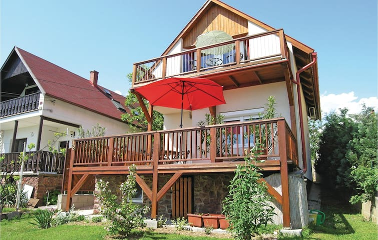 Holiday apartment with 1 bedroom on 30 m² in Révfülöp